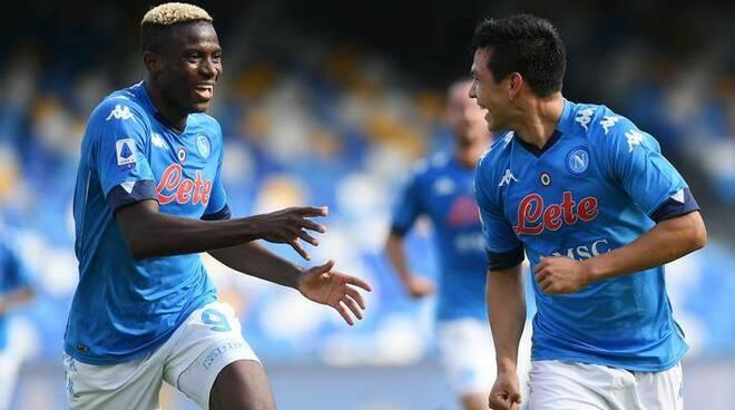 Questo Napoli è uno spettacolo: Lozano-show, vittoria per 4-1 con l'Atalanta