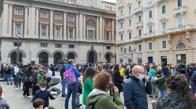 Salerno protesta studenti