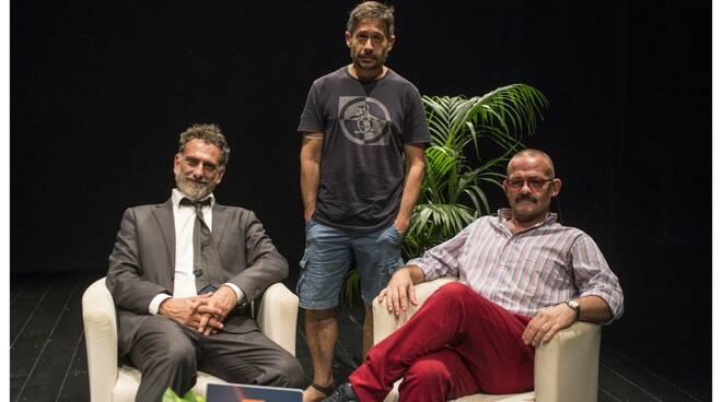 """Salerno. Teatro Ghirelli, apertura di stagione con """"Il prestito"""" e il debutto de la RUA CATALANA"""