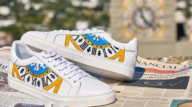 sneakers capri