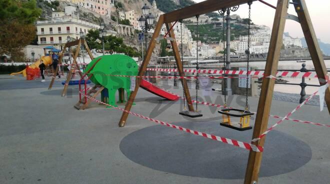 Ad Amalfi vietato l'uso delle giostre