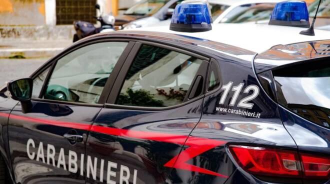 Nel Casertano uccide la moglie e chiama i carabinieri ++ 34enne spara colpi di pistola contro la donna a Cancello Scalo