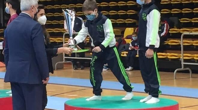 Ginnastica, il C.G.A. Stabia di Angelo Radmilovic campione nazionale allievi Gold 3