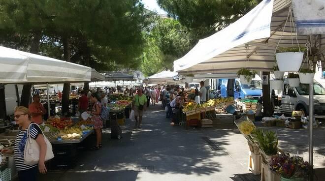 Salerno, slitta ancora la riapertura del mercato di Via Piave. Le precisazioni dell'assessore al commercio