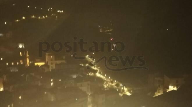 Costiera Amalfitana: luci spente sulla strada tra Maiori e Minori, prestare particolare attenzione