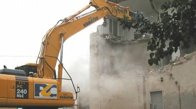 demolizione casa