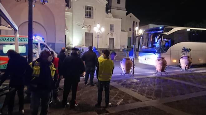 """Migranti a Massa Lubrense, il sindaco: """"Ringrazio di cuore quanti sono intervenuti in questa storia inconsueta"""""""