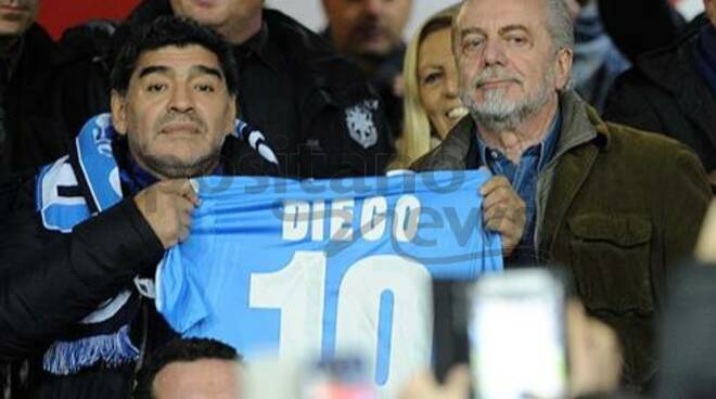 Napoli, De Laurentiis: ''Ciao Diego, giusto intitolare il San Paolo al tuo nome''