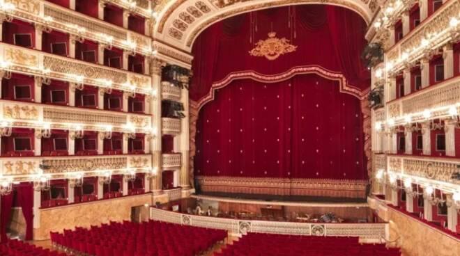 Napoli, la Cultura non si ferma: al Teatro San Carlo la programmazione in streaming di dicembre