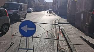 Piano di Sorrento, lavori in corso all'inizio di via Bagnulo: strada chiusa