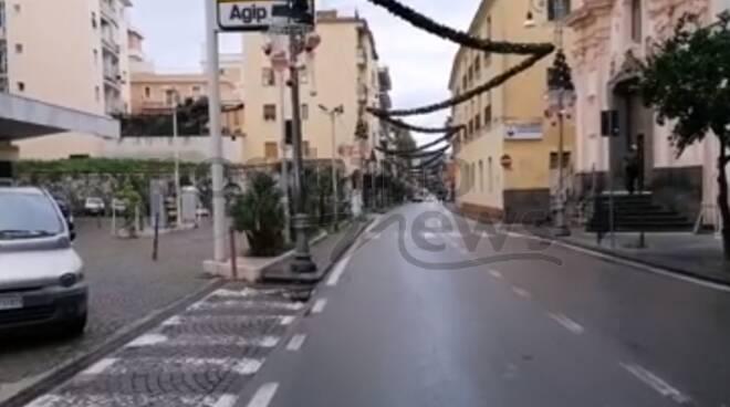 Sorrento città deserta la prima domenica d'Avvento: per le strade solo la polizia