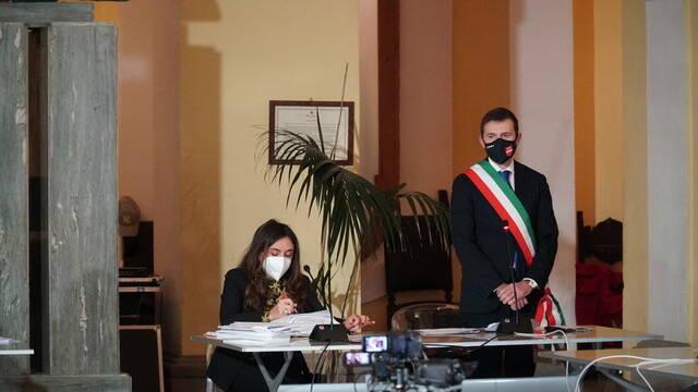 Sorrento. Insediato il consiglio comunale. Luigi Di Prisco eletto presidente