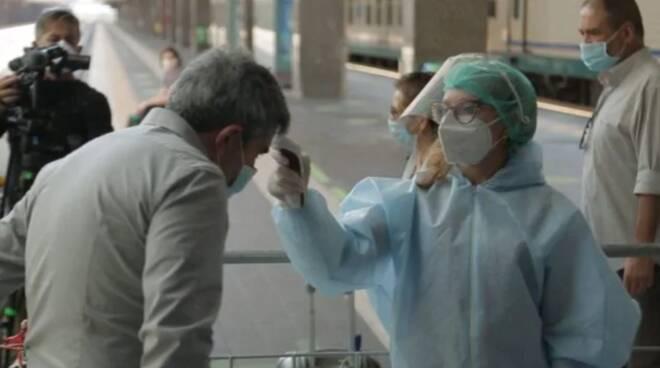 A Napoli sette persone arrivate da Londra positive al Coronavirus