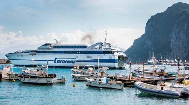 Capri: niente aliscafi a Natale, partono solo i traghetti