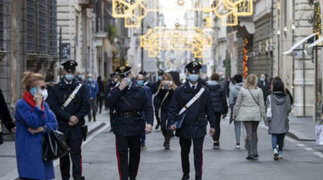 Lamorgese: \'Sarà un Natale di sacrifici, 70 mila agenti per i controlli nelle feste\' La ministra dell\'Interno: \'maggiore attenzione anche a frontiere e aeroporti\'