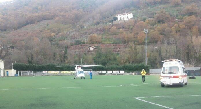 Elicottero 118 Campo di Calcio Franco Amato Tramonti