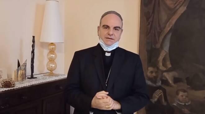 L'invito del vescovo positanese Michele Fusco a partecipare allo screening antigenico per Covid