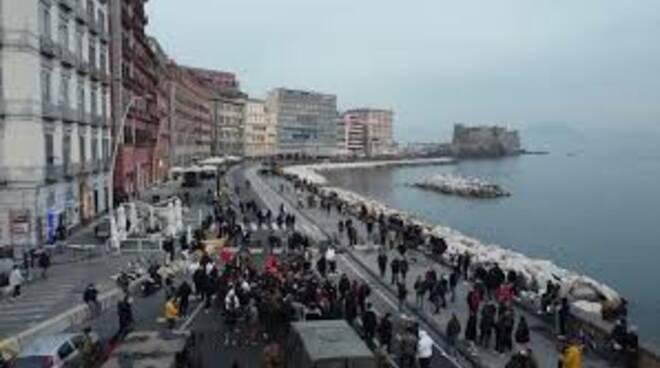 Napoli blocco stradale