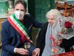Positano in festa: nonna Rosa compie 101 anni! Gli auguri del sindaco