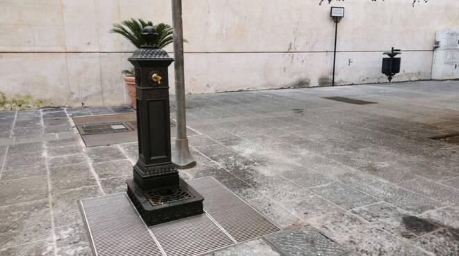 """Sorrento, parte il ripristino delle fontanine. Imma Savarese: """"Elemento essenziale e caratteristico, utile per ridurre il consumo di bottiglie di plastica"""""""