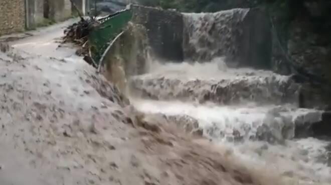 """""""Un anno fa abbiamo dovuto affrontare l'alluvione che ha colpito la nostra Cetara!"""": il ricordo del sindaco"""