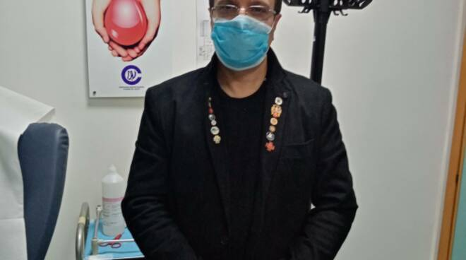 ASL Salerno-Regione Campania: ieri all\'ospedale di Sapri partita campagna vaccinazione anti-covid con  prima dose anche al Cav. N. H. don Attilio De Lisa .