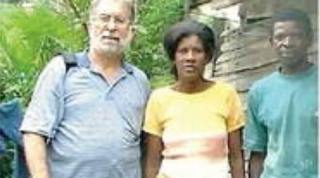 """Cava de' Tirreni, dall'Amazzonia alla """"giungla"""" Dragonea. Padre Parcelli, missionario in Brasile, in campo per riaprire la provinciale chiusa da settembre: «Interveniamo coi parroci»"""