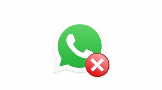 Come evitare furti di accounts Whatsapp. I consigli della Polizia Postale