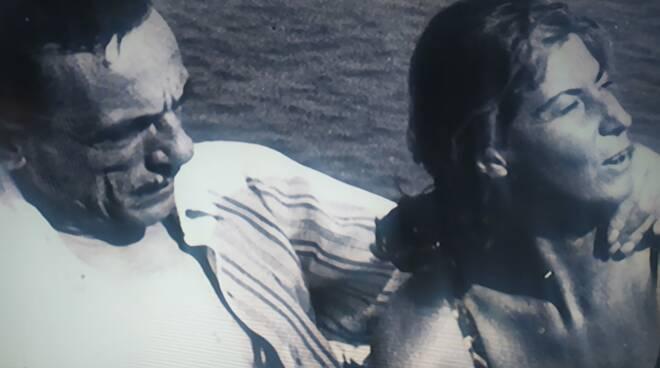 Ieri la Rai straordinaria con Eduardo De Filippo. Meravigliosa la storia d'amore con Isabella Quarantotti fra Isca e Positano