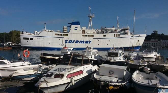 Il Comune di Capri al fianco dei pendolari marittimi