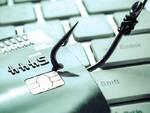 Nuova ondata di smishing/phishing. L'avviso del Commissariato di P.S. Online