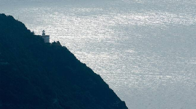 Punta Imperatore si trasforma in resort: a Forio d'Ischia una struttura ricettiva al posto dell'antica lanterna