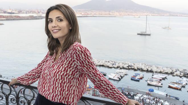 """Questa sera quarto appuntamento con la serie Tv """"Mina Settembre"""". Un tuffo nel cuore di Napoli"""