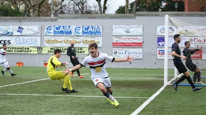 """Sorrento Calcio, il giovane Christian Basile commenta la gioia per il gol: """"Il primo in un campionato senior è sempre importante"""""""