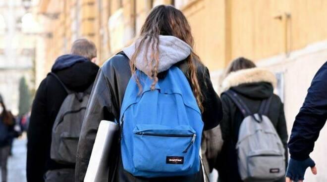 Vico Equense. Prorogata la sospensione dell'attività didattica in presenza delle scuole superiori fino al 16 febbraio