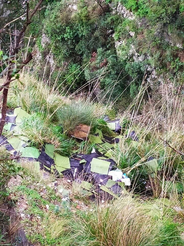 Amalfi rifiuti località Bottara