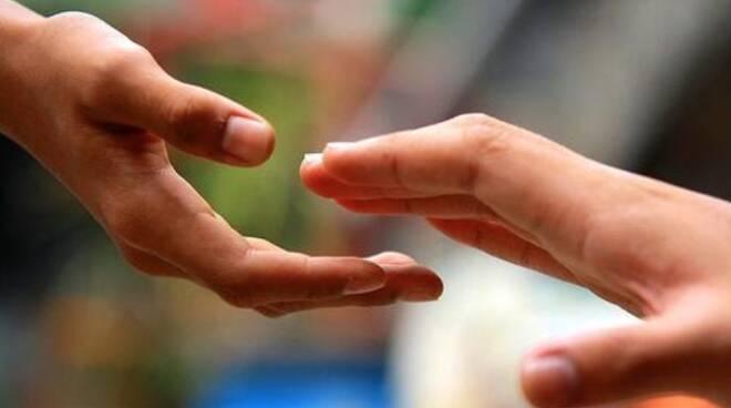 assistenza sociale - aiuto