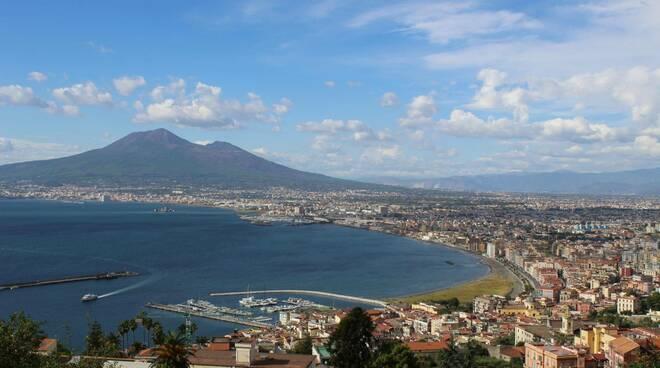 Castellammare di Stabia, provvedimenti anti-covid: i chiarimenti del sindaco