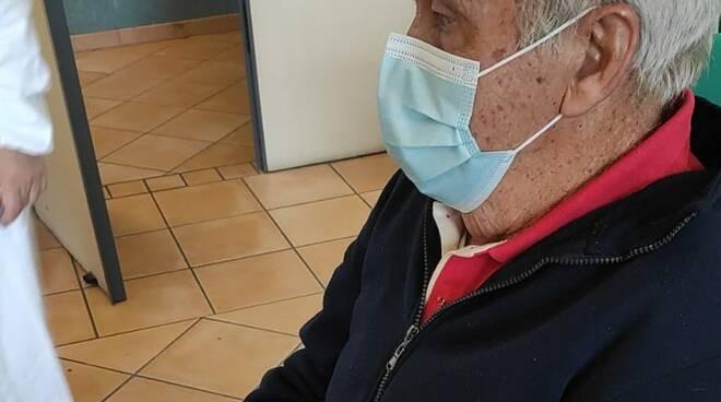 È di Atrani il primo vaccinato over 80 della Costa d'Amalfi
