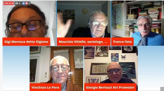 Giorgio Bertozzi, ultimo a destra sotto intervistato da Positanonews TG