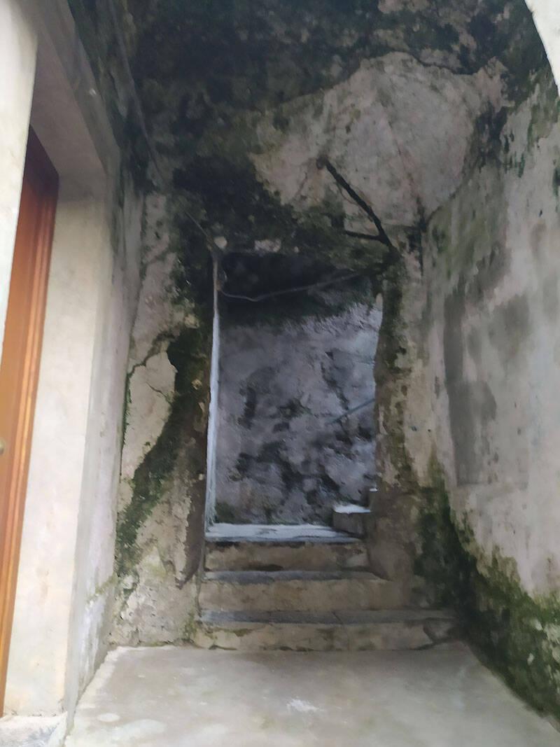 """Pagina """"Tutela il Tuo Territorio"""": segnalati pericoli a Tramonti , Ravello e Amalfi"""