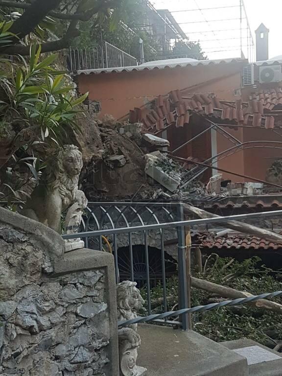 Positano: crolla una macera su una casa a Liparlati - foto parte 2