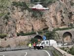 Positano: lavori con il supporto degli elicotteri