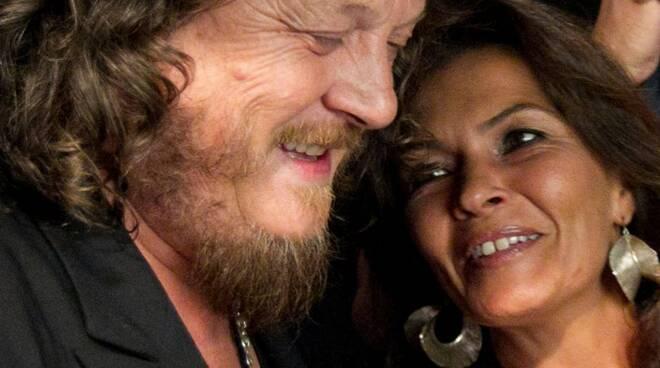 Positano, week-end romantico all'Hotel Pasitea per il cantautore Zucchero e la moglie