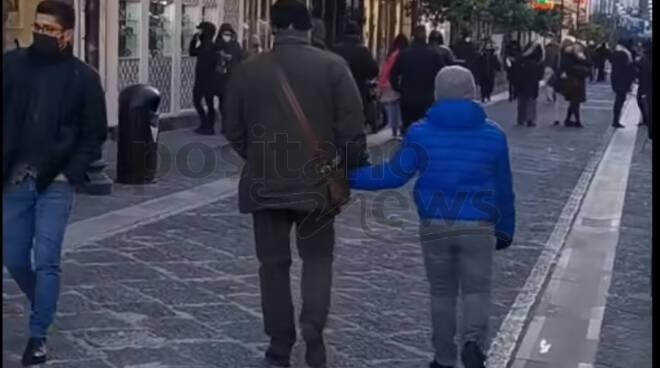 Sorrento, San Valentino e Sant'Antonino ai tempi del Covid. Non mancano le persone in strada