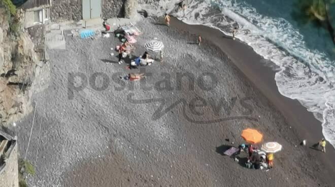Splende il sole a Positano: oggi giornata da mare
