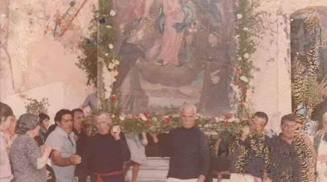 Vico equense cappella alla Marina SS Trinità