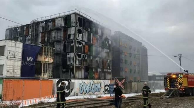A Strasburgo mega incendio in un'azienda informatica: centinaia di siti down e possibile perdita di dati