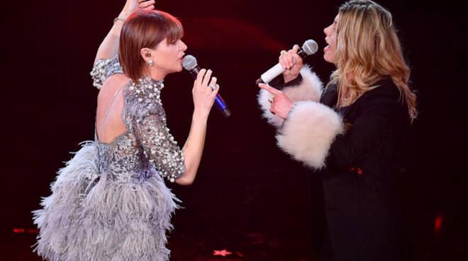 Alessandra Amoroso e Emma all'Ariston con 'Pezzo di cuore'