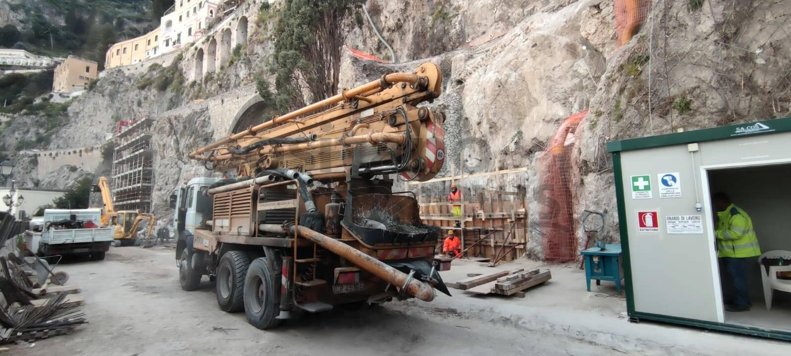 Amalfi, finita la gettata di cemento per la messa in sicurezza del tratto franato il 2 febbraio